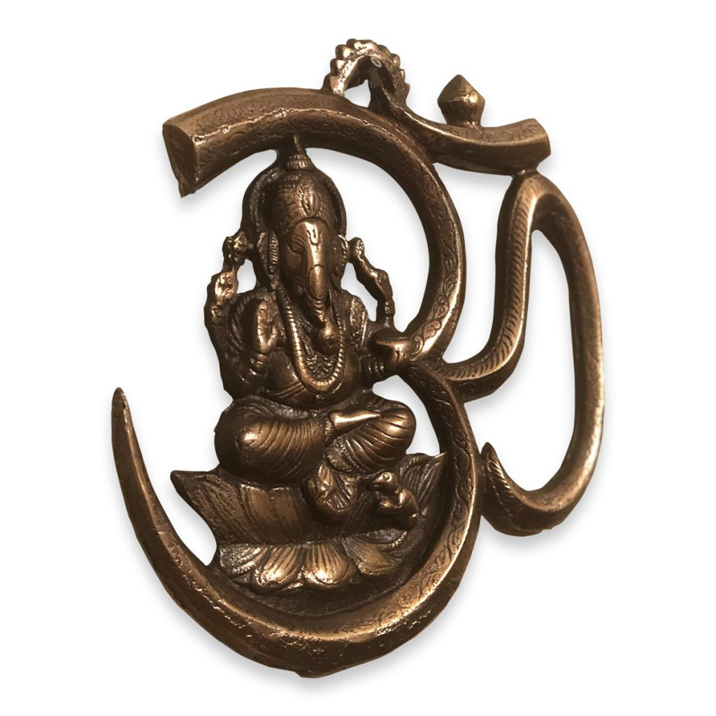 Wall-Hanging-of-Lord-Ganesh-with-Om-1.jpg